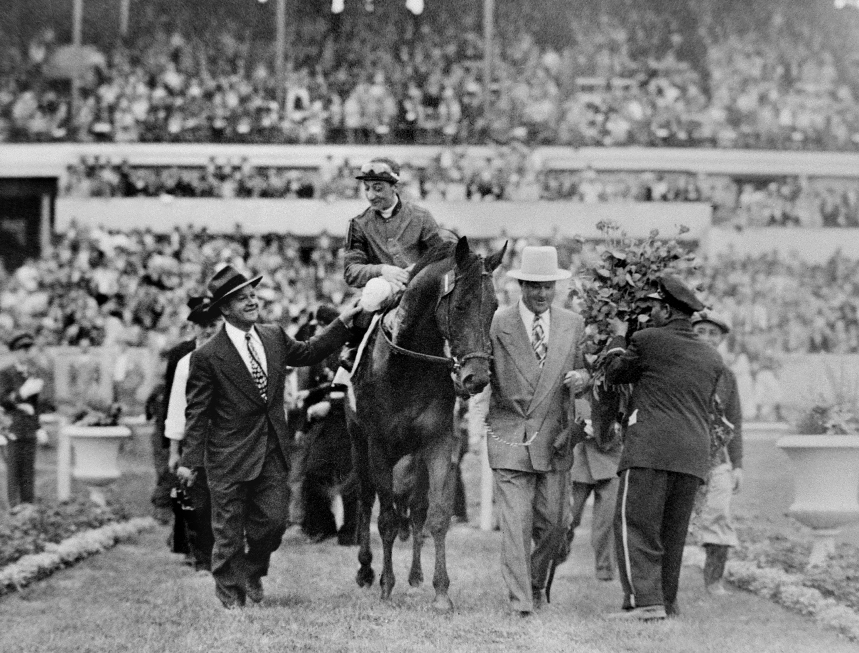 Arcaro on Citation after 1948 KY Derby win, with Ben Jones & H.A. Jimmy Jones