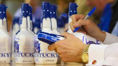 Maker S Mark Bottle Signing Keeneland