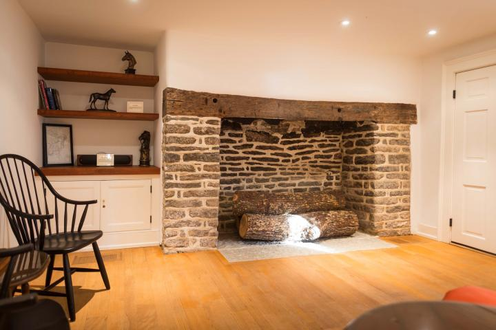 Fireplace Room in Keene Place