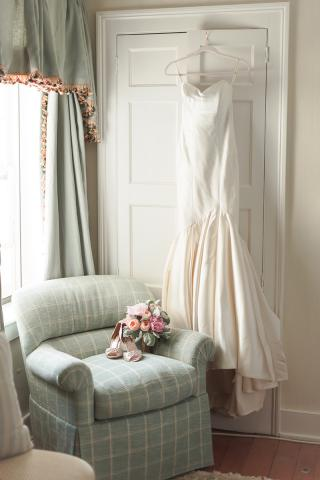 wedding dress in keene place