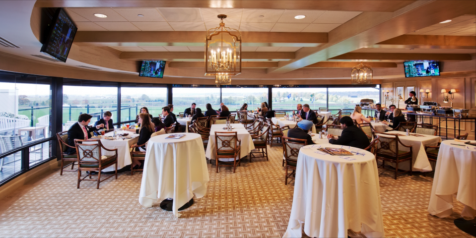 Keeneland Room Cocktail hour