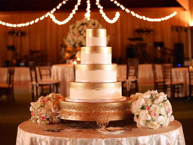 Wedding Cake at Keeneland
