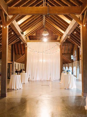 Brooke & Drew's Keeneland Wedding in the Keene Barn
